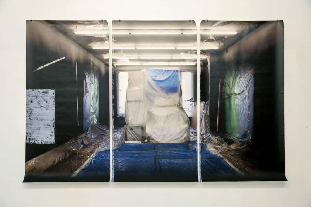 Jagna Ciuchta, After Spin-off (Glassbox, Paris) and Eat the Blue (Le 116, Montreuil), 2015, triptych, 180 x 275 cm, inkjet print on free wallpaper, glue, acrylic paint. Photo © Jagna Ciuchta