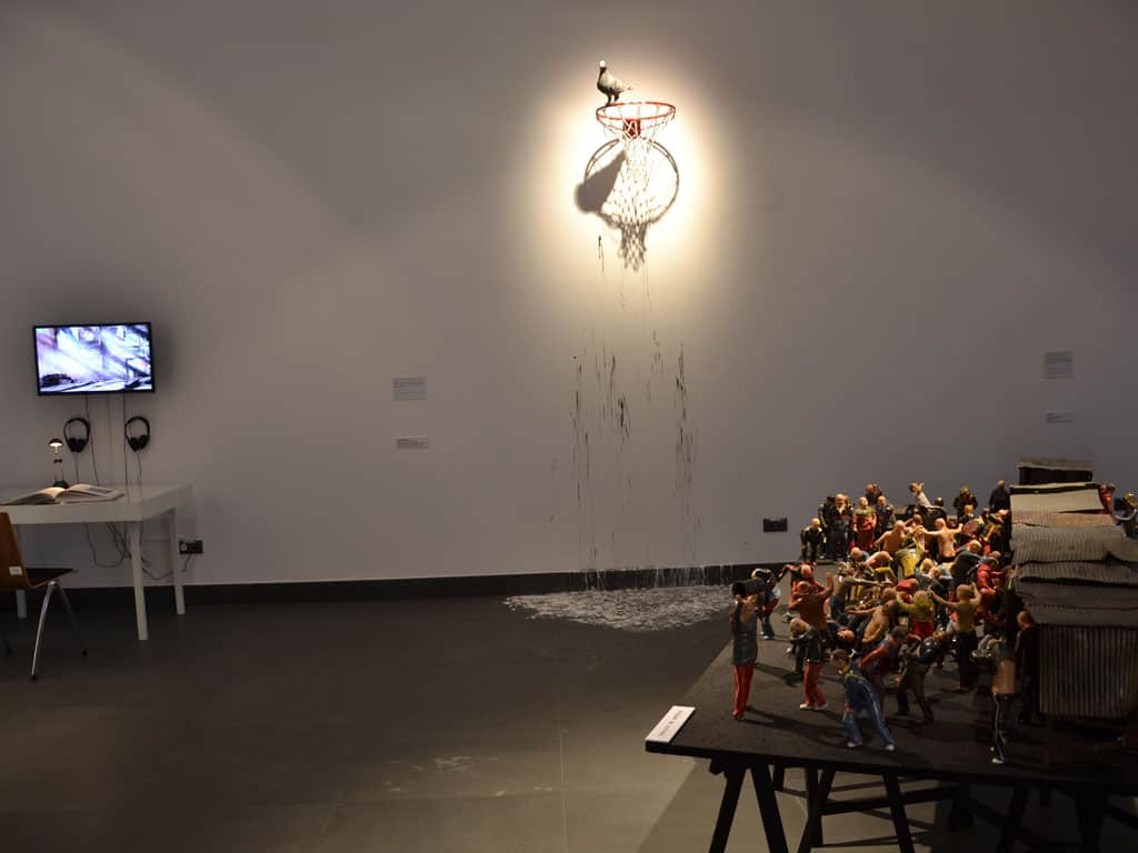 The Limits of Globalism, from left - Marcin Mierzicki, Entire Poland in the shade of Silesia, installation, 2003/2014 / Tomasz Kulka, in cycle Genre Scenes - Street Fight, installation (ceramics), 2011-12