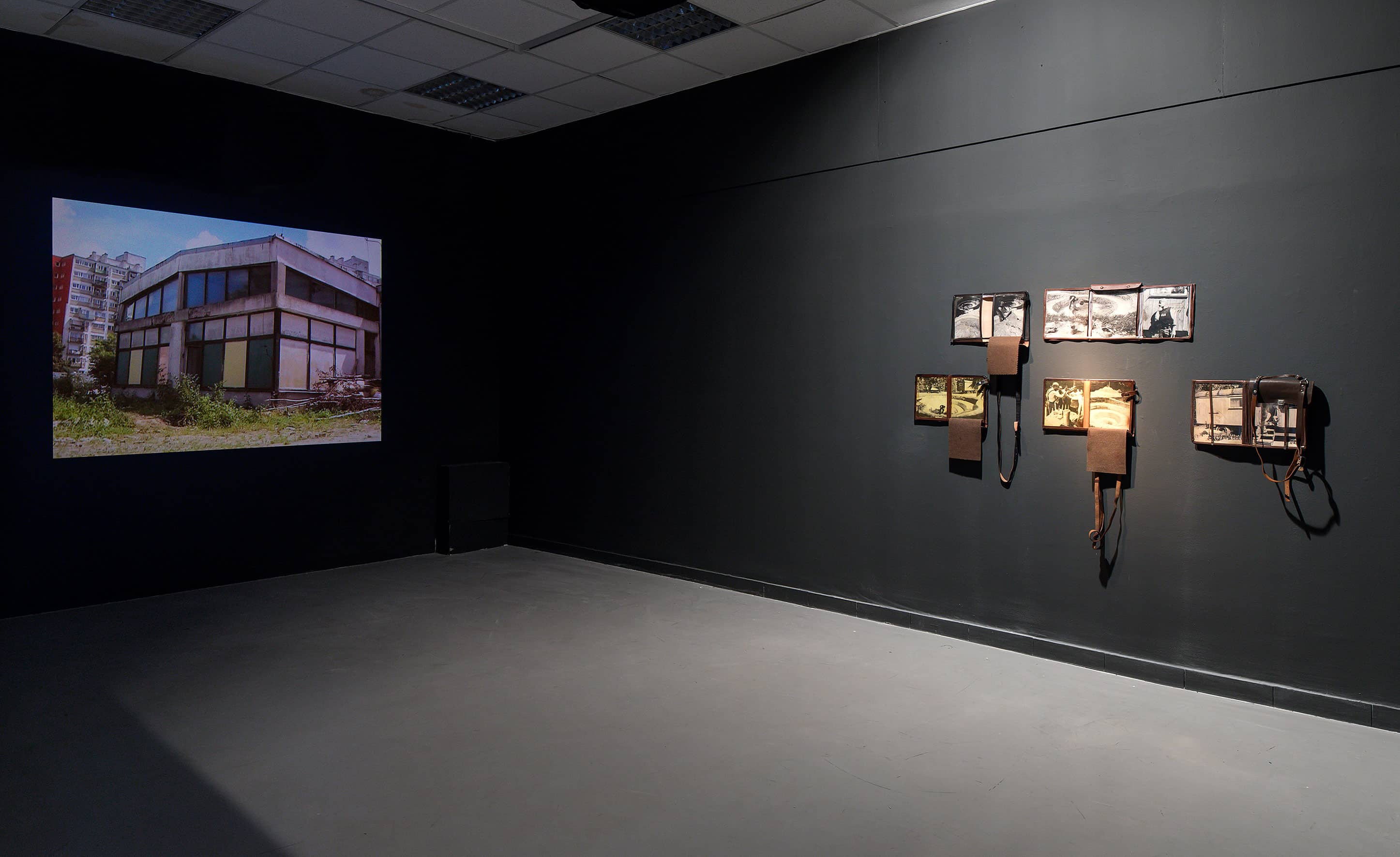 View from the exhibition 'Operations on places', on the left: 'Good Advice' Cezary Klimaszewski, on the right: '+/-' Robert Kuśmirowski, photo: Elad Sarig, courtesy of the Petach Tikva Museum of Art