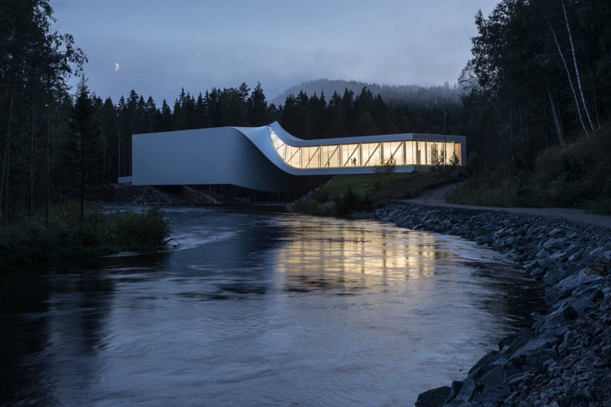 """""""The Twist"""" museum in Kistefos, Norway; photo by Laurian Ghinitoiu, Source: inexhibit"""