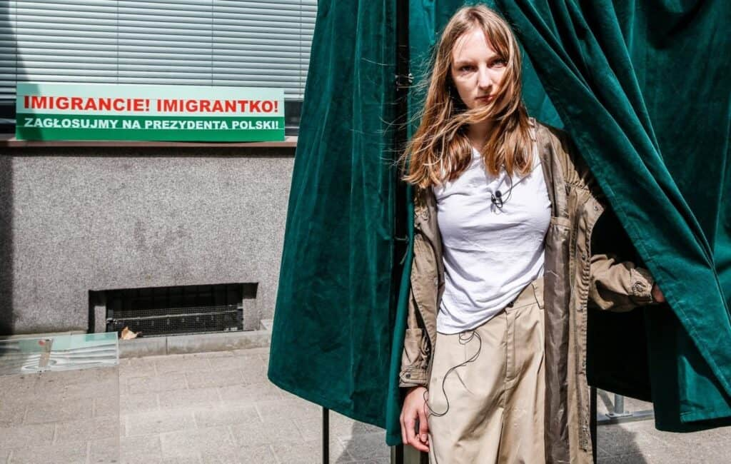Marta Romankiv, IMMIGRANT, TAKE A VOTE!, 2020, social action, photo: Karolina Misztal, courtesy of the artist